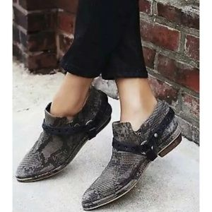 "FREE PEOPLE ""VICENTE"" Snake Harness Booties US 11"